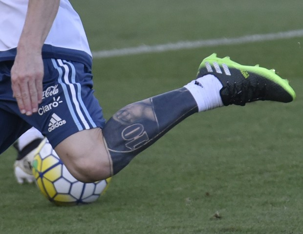 Messi S Tattoos: Messi Covers Up His Leg Tattoo With New Artwork