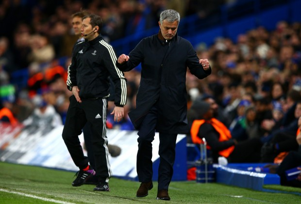 fbda7b0faa1 Chelsea manager Jose Mourinho reignited his feud with former Real Madrid  goalkeeper Iker Casillas after Wednesday night s UEFA Champions League  encounter ...
