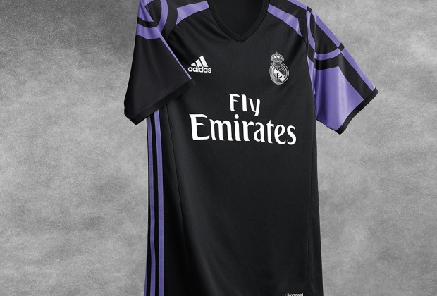 6b038a961 Gallery  Real Madrid Unveil New Third Kit