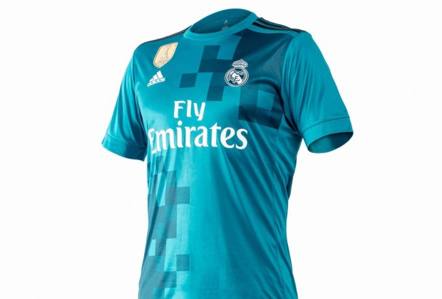 8c83408d9 Gallery  Real Madrid Unveil New Third Kit