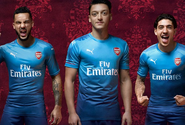 242a26f886d Gallery  Arsenal Unveil New 2017 18 Away Kit