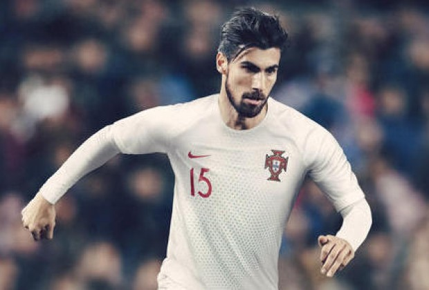 3c989a905b6 Gallery  France   Portugal Unveil New Nike World Cup Kits