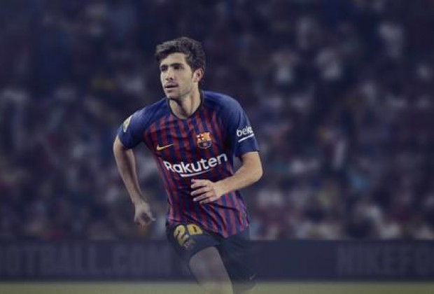 ad68db3c8 Gallery  FC Barcelona Unveil New Nike 2018 19 Home Kit