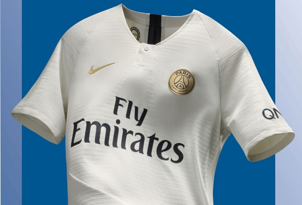 buy popular d6f07 52fa2 Gallery: Paris Saint-Germain Unveil New 2018/19 Away Kit