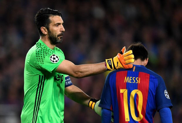 online store 1205b ea93c Did Juventus Players Argue Over Messi's Shirt?