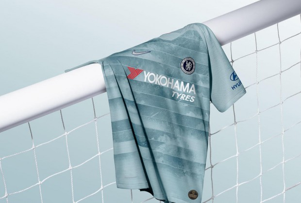 Gallery  Chelsea Unveil New Nike Third Kit 4262fbbf4