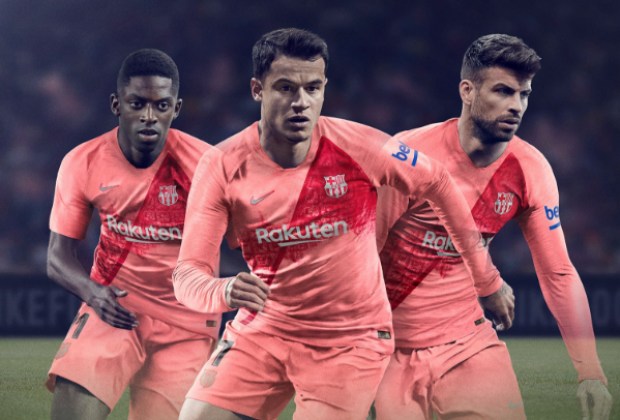 buy popular 7f5b4 bf984 Gallery: FC Barcelona Unveil 2018/19 Nike Third Kit
