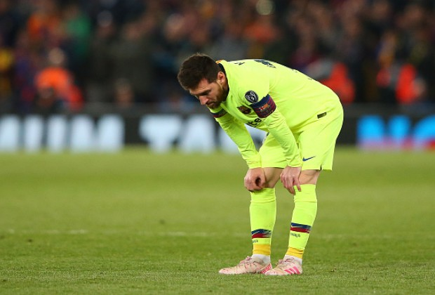 1dbbb0ee62d Reports: Lionel Messi Broke Down In Tears In FC Barcelona Dressing