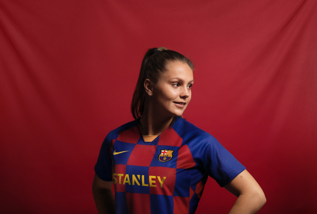 promo code 98997 5af43 Gallery: FC Barcelona Unveil New 2019/20 Home Kit, Breaking With