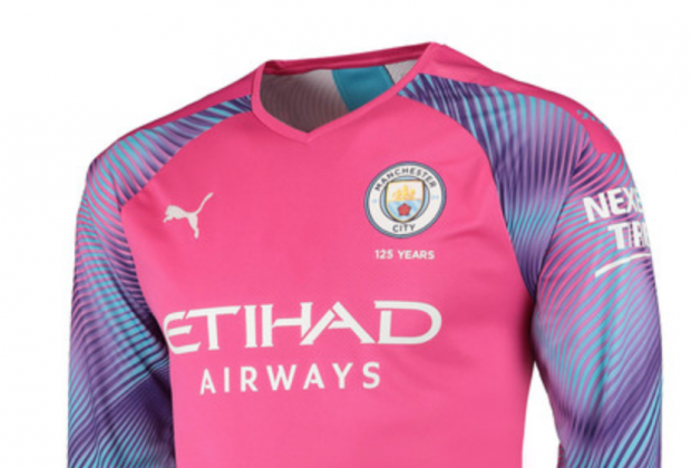 competitive price c6c73 2a8ef Gallery: Manchester City Unveil 2019/20 Home & Away Kits