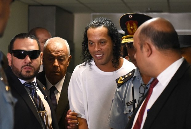 'Ronaldinho Is An Idol For Other Inmates' - Soccer Laduma